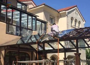 如何搭建别墅庭院阳光房